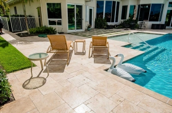 MARBLE-DECK-WITH-ARTIFICIAL-TURF-FOTO-361