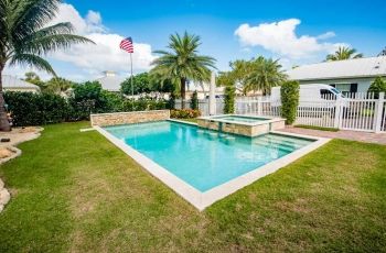 POOL-COPING-TILE-WITH-LEDGE-STONE-WALL-FOTO-367