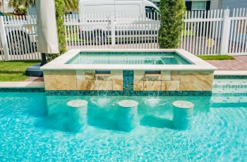 POOL-COPING-TILE-WITH-LEDGE-STONE-WALL-FOTO-370