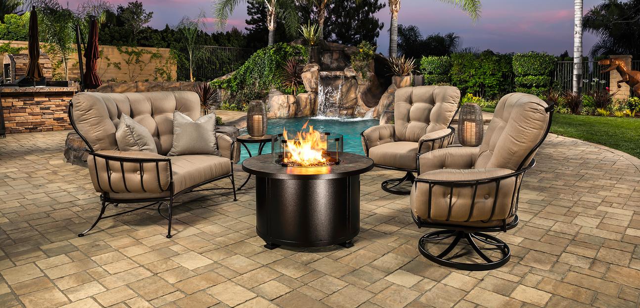 decor outdoor space